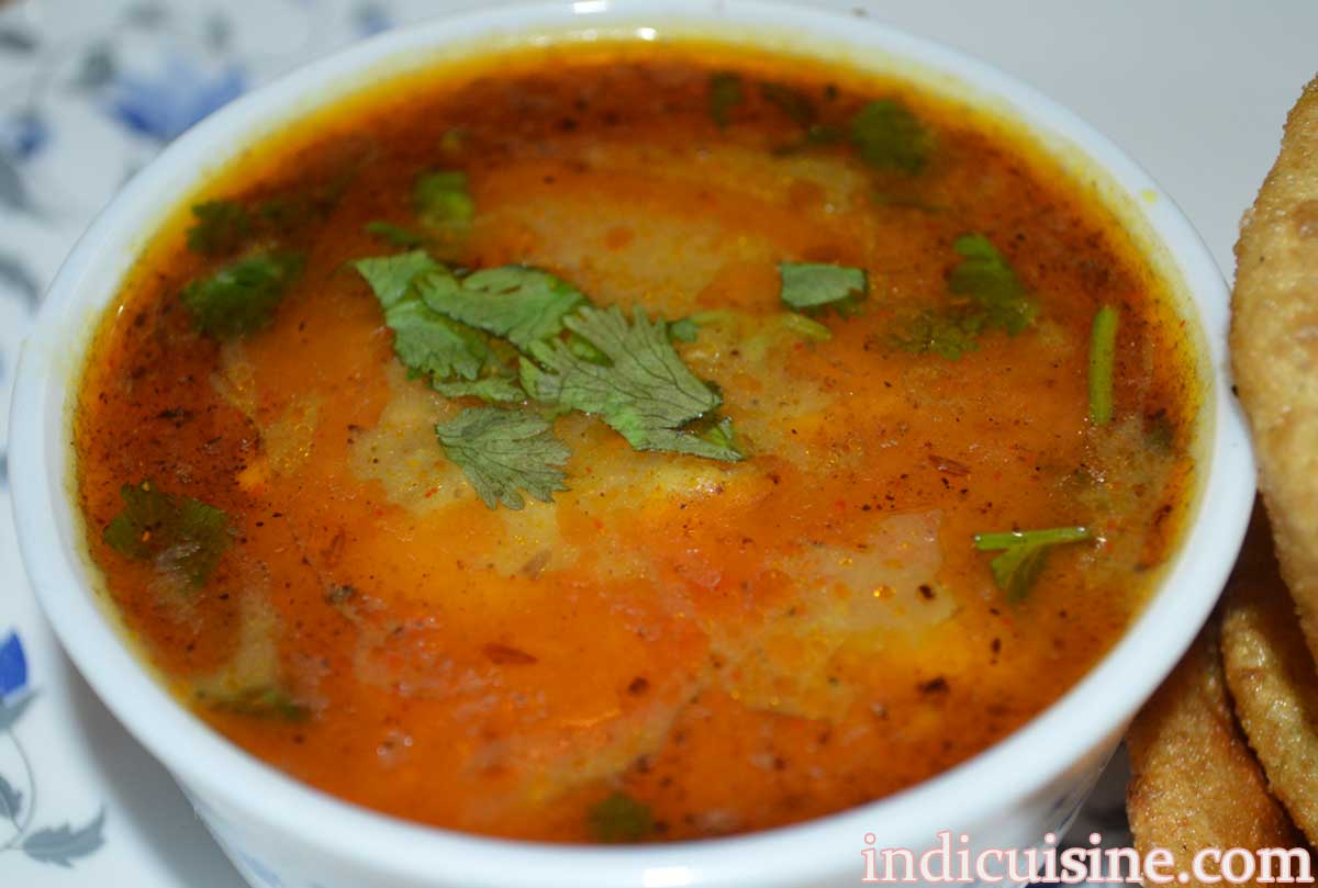 curry potato dish, recipe of curry potato , how to make curry potato without onion for poori