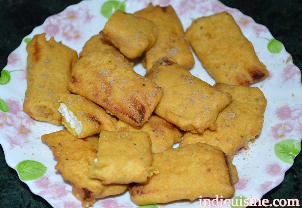 Paneer Pakora Recipe - How to make Cheese Fritters ...